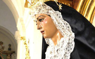 La Virgen de Fe y Caridad, ataviada para la celebración de los difuntos